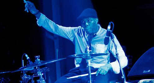 Daru Jones